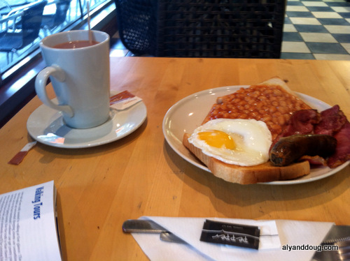 """Traditional English Breakfast"""